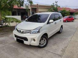 Mobil Daihatsu Xenia 2013 R SPORTY terbaik di Riau