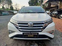 Jual Daihatsu Terios R 2018 harga murah di Jawa Timur