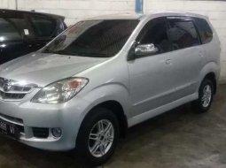 Dijual mobil bekas Daihatsu Xenia Xi DELUXE, Jawa Timur