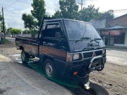 Mobil Mitsubishi L300 2017 terbaik di Jawa Timur