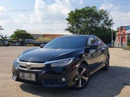 Mobil Honda Civic 2017 ES terbaik di Jawa Tengah