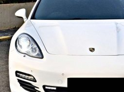 Porsche Panamera 2010 DKI Jakarta dijual dengan harga termurah
