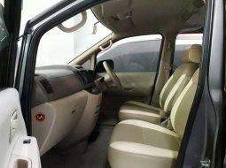 Jual Nissan Serena 2009 harga murah di Jawa Timur
