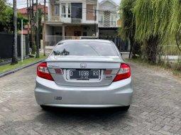 Mobil Honda Civic 2012 2.0 terbaik di Jawa Timur