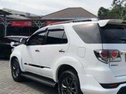 Jual mobil bekas murah Toyota Fortuner TRD 2014 di Jawa Tengah