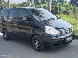Banten, Nissan Serena 2010 kondisi terawat