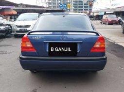 DKI Jakarta, Mercedes-Benz 300 1994 kondisi terawat