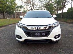 Mobil Honda HR-V 2019 E CVT terbaik di Jawa Timur
