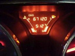 Mobil Nissan Grand Livina 2016 terbaik di Jawa Timur