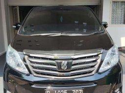 DKI Jakarta, Toyota Alphard G 2013 kondisi terawat