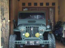 Mobil Jeep Willys 1952 terbaik di Banten