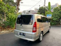 Jual mobil bekas murah Nissan Serena 2005 di DKI Jakarta
