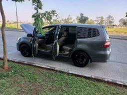 Jual mobil bekas murah Nissan Grand Livina XV 2013 di Banten
