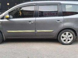 Jual cepat Nissan Grand Livina XV 2011 di Jawa Timur