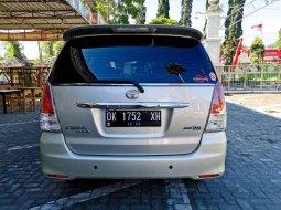 Mobil Toyota Kijang Innova 2010 V dijual, Jawa Timur