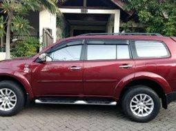 Mobil Mitsubishi Pajero Sport 2011 dijual, Jawa Timur