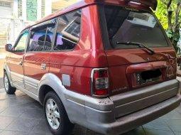 Mobil Mitsubishi Kuda 2002 Grandia terbaik di DKI Jakarta