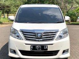 Jawa Tengah, Toyota Alphard X 2012 kondisi terawat