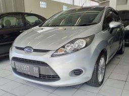 Dijual mobil bekas Ford Fiesta Trend, Jawa Barat