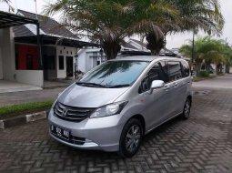 Jual Honda Freed 1.5 2010 harga murah di Jawa Tengah