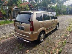 Jual mobil bekas murah Daihatsu Xenia Xi FAMILY 2005 di Jawa Timur