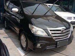 Jawa Barat, Toyota Kijang Innova 2.0 G 2014 kondisi terawat