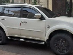Mobil Mitsubishi Pajero Sport 2012 dijual, Banten