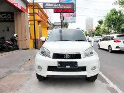 Mobil Toyota Rush 2012 dijual, Jawa Timur