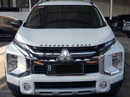 Mitsubishi Xpander Cross Premium A/T ( Matic ) 2020 Putih Km 8rban Siap Pakai Good Condition