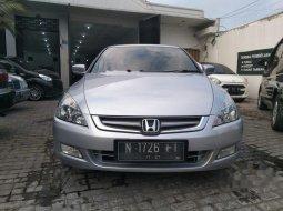 Honda Accord 2003 Jawa Timur dijual dengan harga termurah