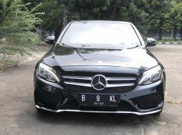 Mercedes Benz AMG AT Hitam 2016