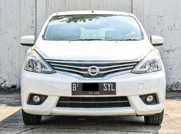 Nissan Grand Livina XV 2013