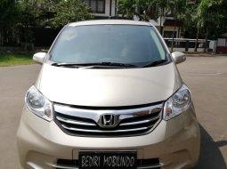 Jual mobil Honda Freed 2013 Murah