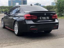 BMW 320i AT HITAM SPORT 2017