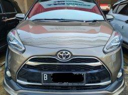 Toyota Sienta Q AT ( Matic ) 2017 Coklat  Km 70rban