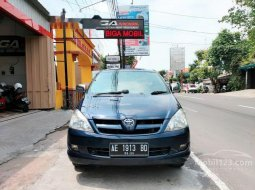 Jual Toyota Kijang Innova E 2005 harga murah di Jawa Timur