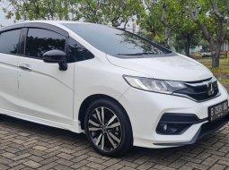 Honda Jazz 1.5 RS AT 2019 / 2018 / 2020 White On Black Like New Tgn1 TDP 40Jt