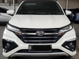 Daihatsu Terios R Custom A/T ( Matic ) 2018 Putih Km 49rban Siap Pakai