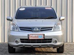 Nissan Grand Livina XV 2011