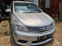 Nissan Grand Livina XV 2015