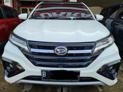 Daihatsu Terios R Custom AT ( Matic ) 2018 Putih Km 49rban Siap Pakai