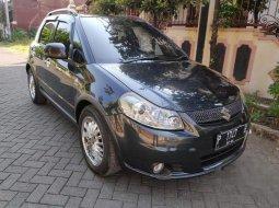 Mobil Suzuki SX4 2012 Cross Over terbaik di Jawa Timur