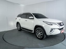 Toyota Fortuner 2.4 VRZ AT 2016 Putih