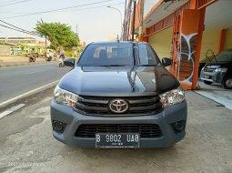 Toyota Hilux S-Cab 2.0 L M/T BENSIN 2018 Hitam