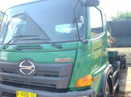 MURAH Hino Engkel 4x2 Tractor Head Trailer Kepala Buntut FG235TH 2019