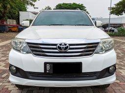Toyota Fortuner G MT diesel 2012 DP Minim