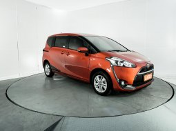 Toyota Sienta G AT 2017 Orange