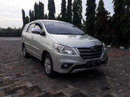 Toyota Kijang Innova 2.0 G Manual Tahun 2014