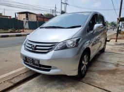 Honda Freed E PSD 2011 A/T