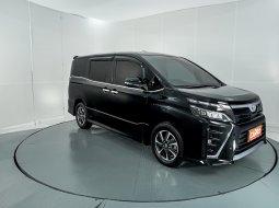 Toyota Voxy 2.0 AT 2018 Hitam